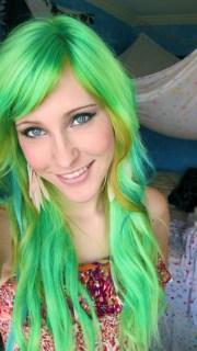 1000 green hair