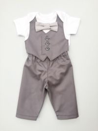 1000+ ideas about Boys Wedding Outfits on Pinterest | Page ...