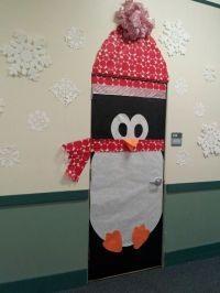 Christmas Penguin Door Decorations | www.indiepedia.org