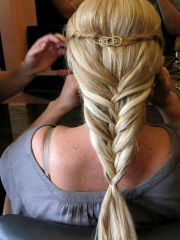 medieval princess hairstyle