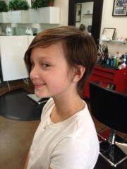 cool pixie cut tween. hairstyles-short