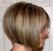 stacked line haircut womens