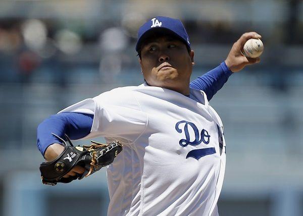Los Angeles Dodgers Ryu Hyun Jin Earns 2nd Win Of Season Koogle