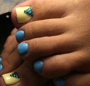 blue toe nails ideas