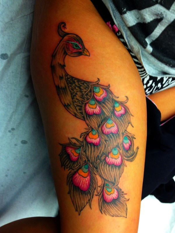 20 Peacock Thigh Tattoos Stomach Ideas And Designs