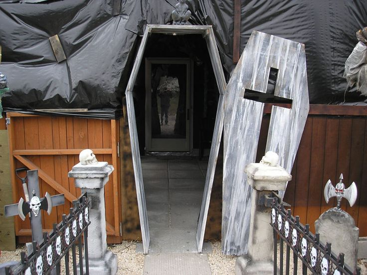 Haunted house ideas pinterest for Pinterest haunted house