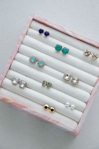 Top 25+ best Diy jewelry organizer ideas on Pinterest