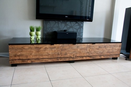 I Love Low, Long, Horizontal Tv Stands Like This And To