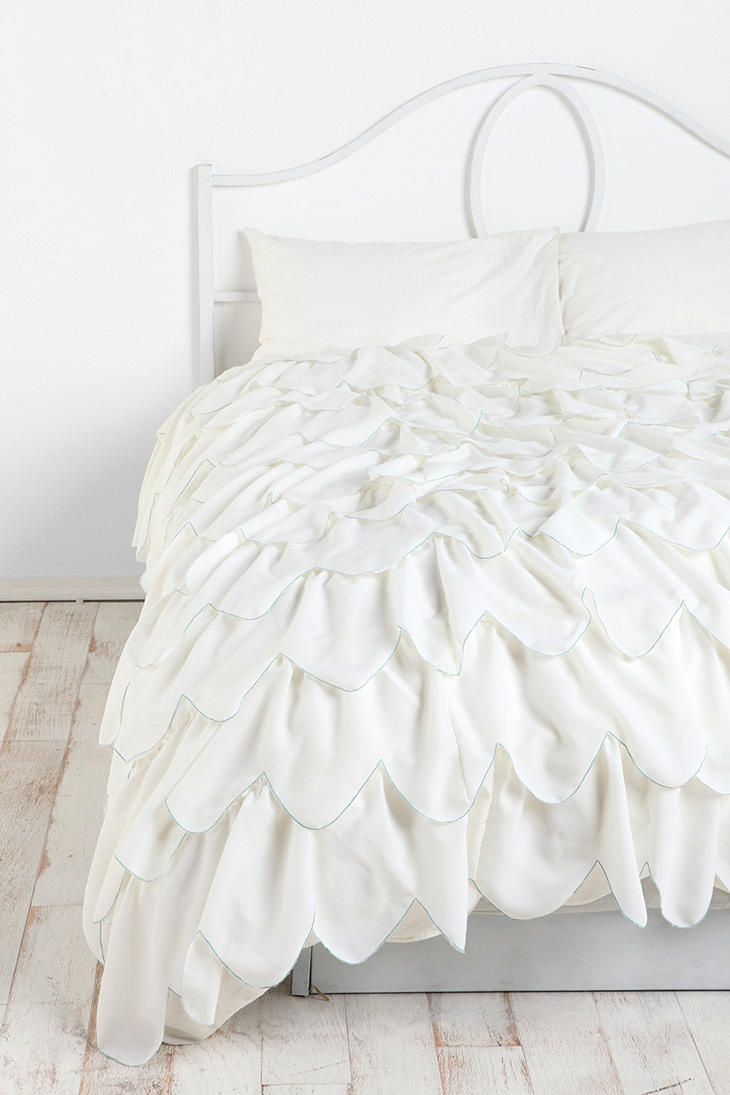 Stitched Scallop Ruffle Duvet Cover  a little girly but a must have   i could do so much with
