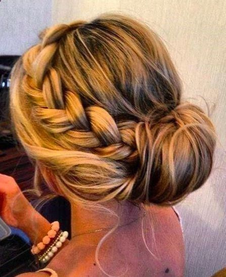Die 25 Besten Festliche Frisuren Halblange Haare Ideen Auf Pinterest