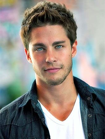 Meet Dean Geyer, the 26-year-old South African who will playBrody Weston, the first guyLea Michele's Rachel Berry meets when