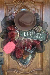 1000+ ideas about Scary Halloween Wreath on Pinterest ...