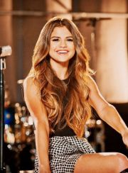 selena gomez ombre hair pretty