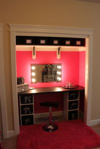 Best 25+ Closet vanity ideas on Pinterest | Necklace ...