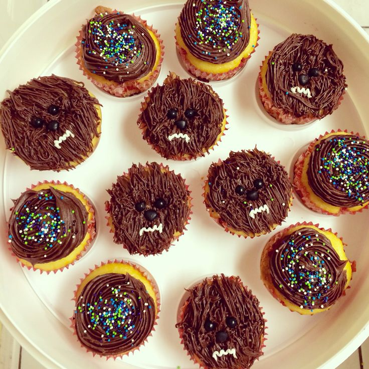 Chewbacca Cupcakes My Cakes Pinterest Cupcake And