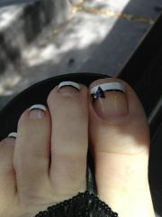 cool bow toes. nails design