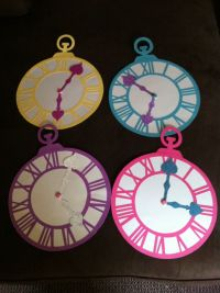 Alice in wonderland party clock decor | Party Planning ...