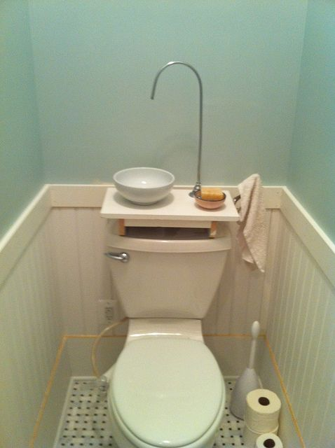 kitchen sink drain plumbing faucets reviews diy gray water using a bowl from the kitchen, wood ...