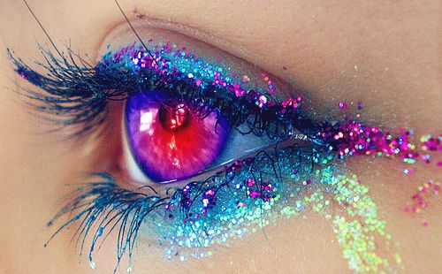 Surreal rainbow makeup Glitter! eyes Pinterest