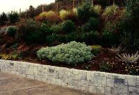 1000+ ideas about Hillside Landscaping on Pinterest ...