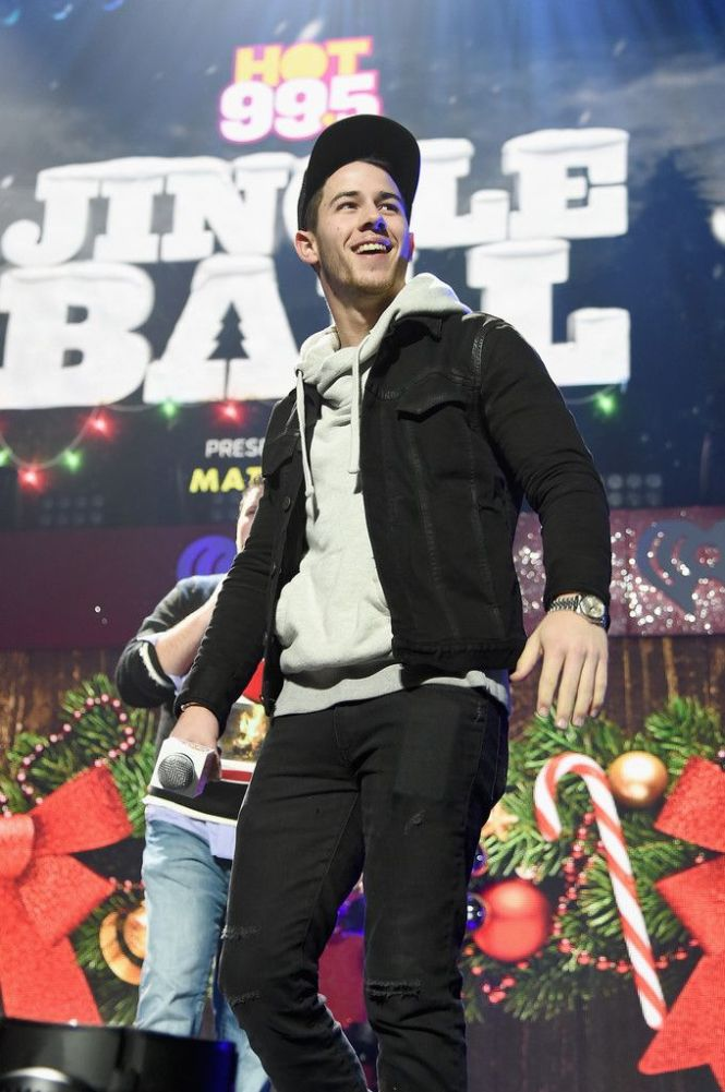 Nick Jonas Attends Hot 99 5 S Jingle Ball 2017 Presented By Mattress Warehouse At The Verizon Center On December 15 In Washington D C Pinterest