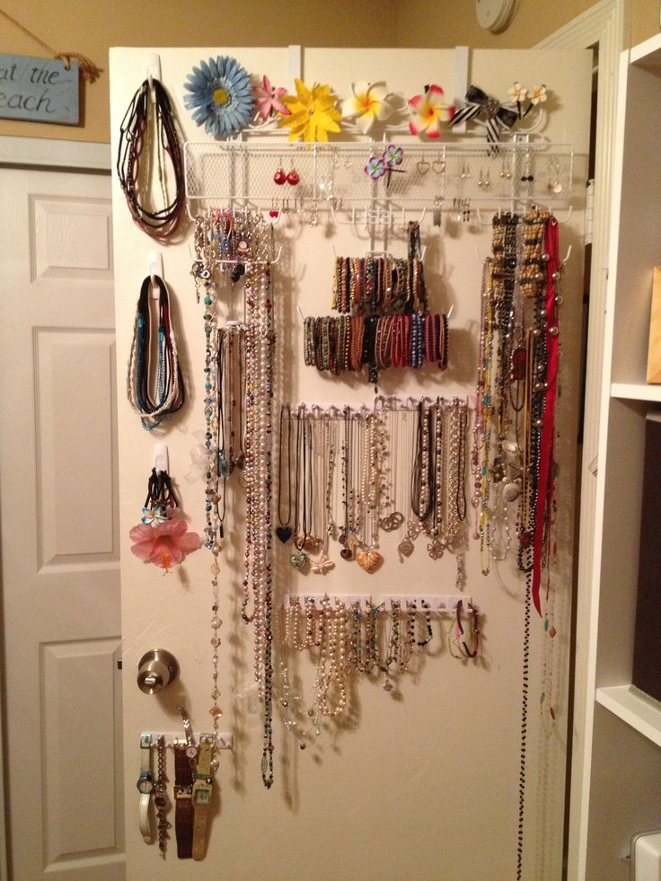 DIY Over The Door Jewelry Organizer Plus Command Hooks