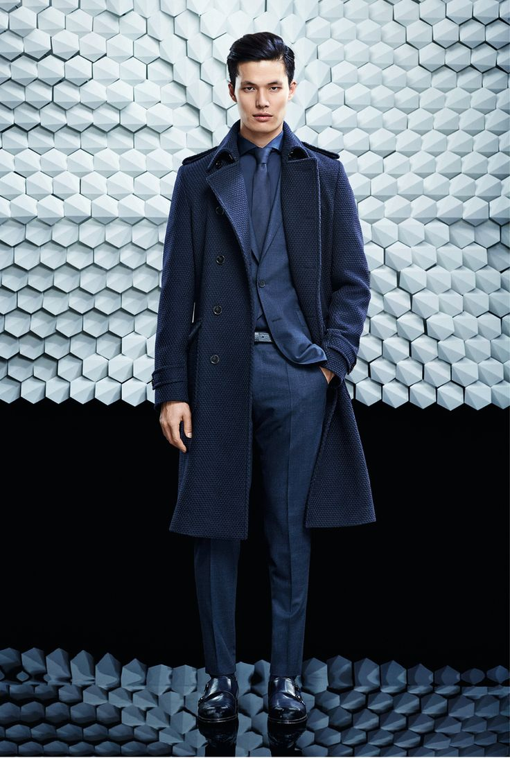 1000 ideas about Navy Suits on Pinterest  Navy groomsmen Navy wedding suits and Navy blue suit