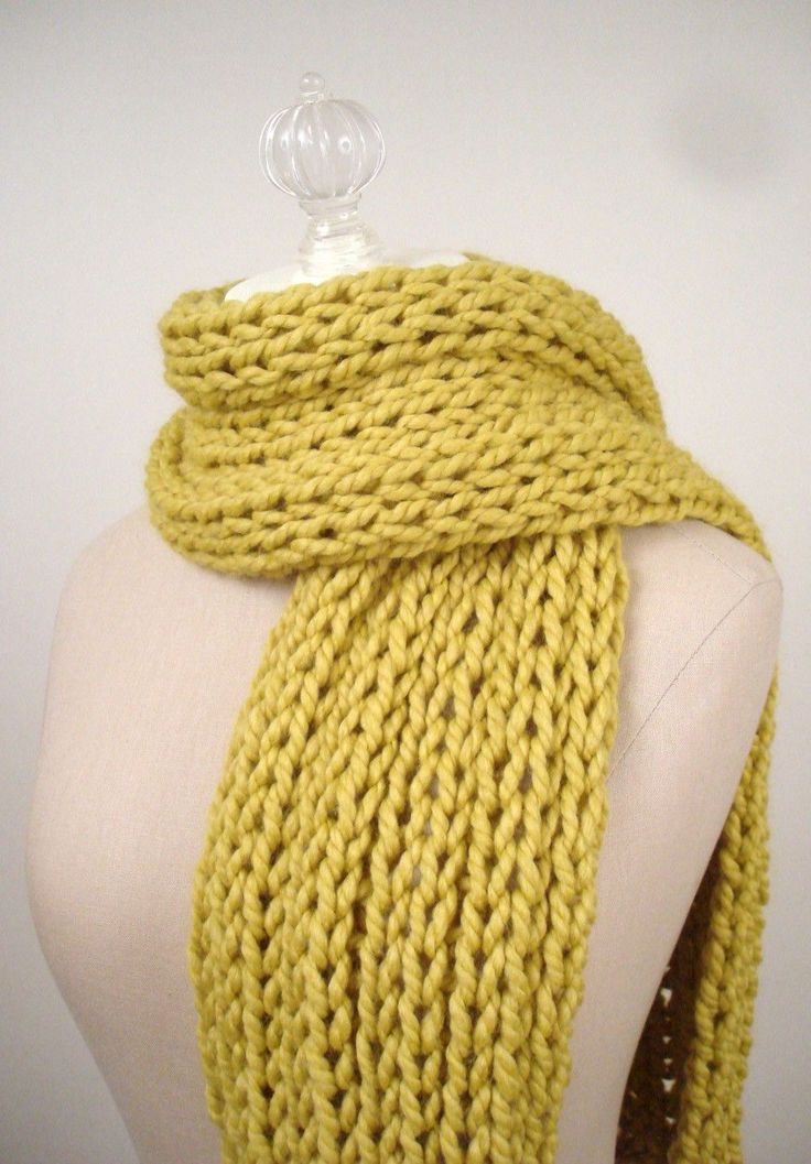 25+ best ideas about Easy scarf knitting patterns on