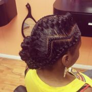 zig zag cornrows with goddess braid