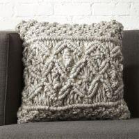 Best 25+ Knit Pillow ideas on Pinterest | Knitted pillows ...