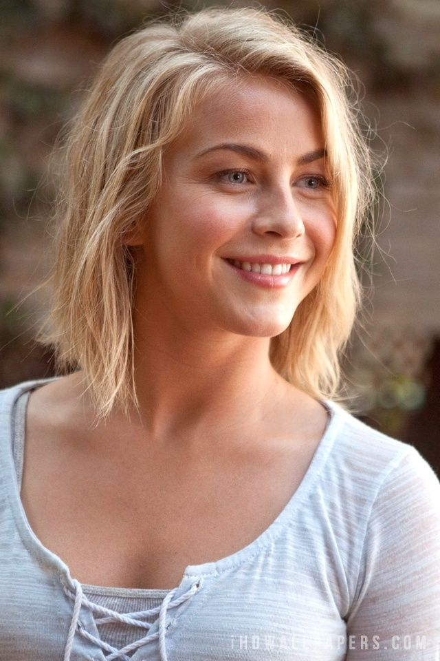 Julianna Hough Hairstyles