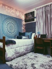 25+ best ideas about Dorm tapestry on Pinterest | Tapestry ...