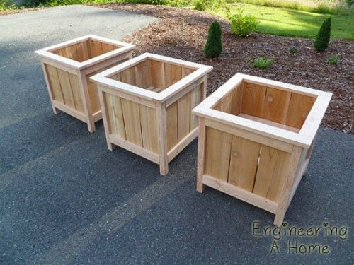 25 Best Ideas About Planter Boxes On Pinterest Diy Planter Box