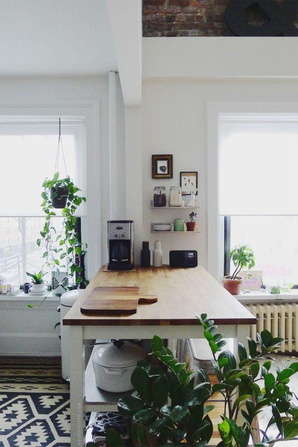 Kitchen island + coffee station. | Door Sixteen | Bloglovin':