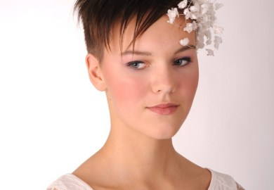 Hairstyles For A Bride With Short Hair