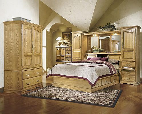 FT605 and FT611QM  Masterpiece Oak Bedroom Pier Wall