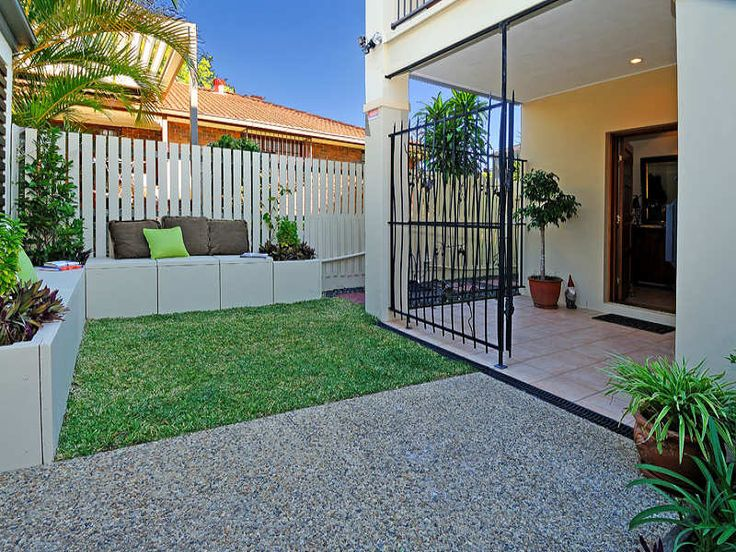 photo of a low maintenance garden design from a real australian home