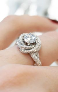 25+ best ideas about Modern Engagement Rings on Pinterest ...