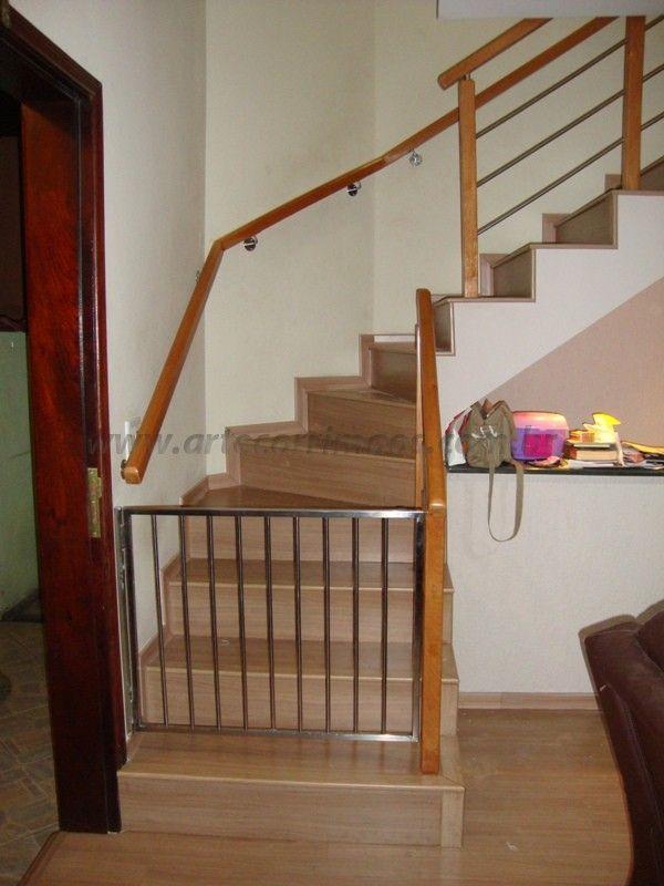 corrimao de escadas internas de madeira  Pesquisa Google