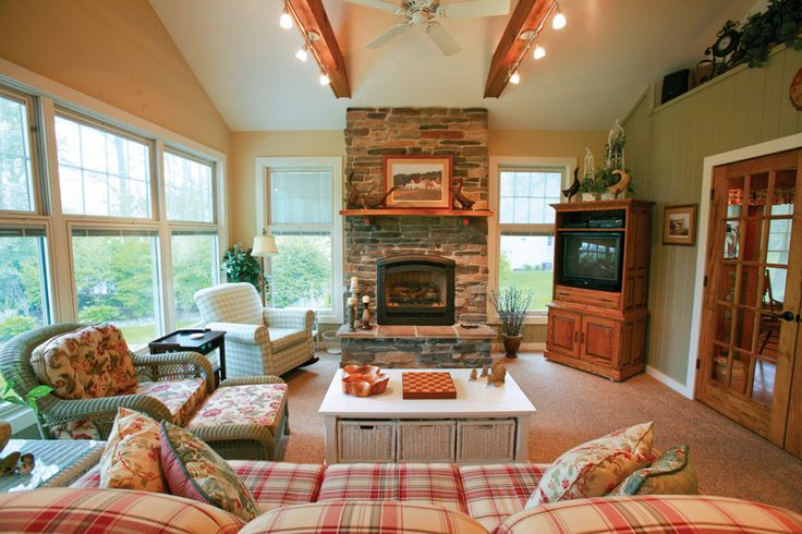 I would just LOVE a fourseason porch with a fireplace A