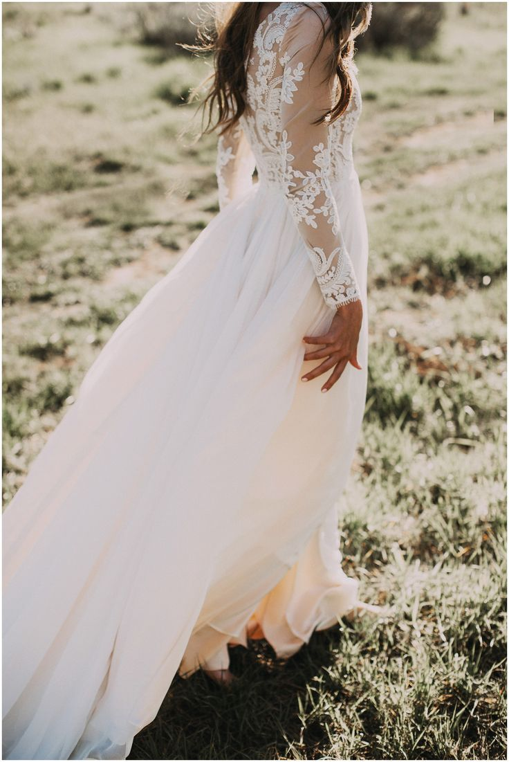 Best 25 Indie wedding dress ideas only on Pinterest  Bohemian wedding dresses Bohemian lace