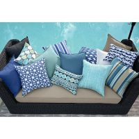 25+ Best Ideas about Outdoor Pillow on Pinterest | Patio ...
