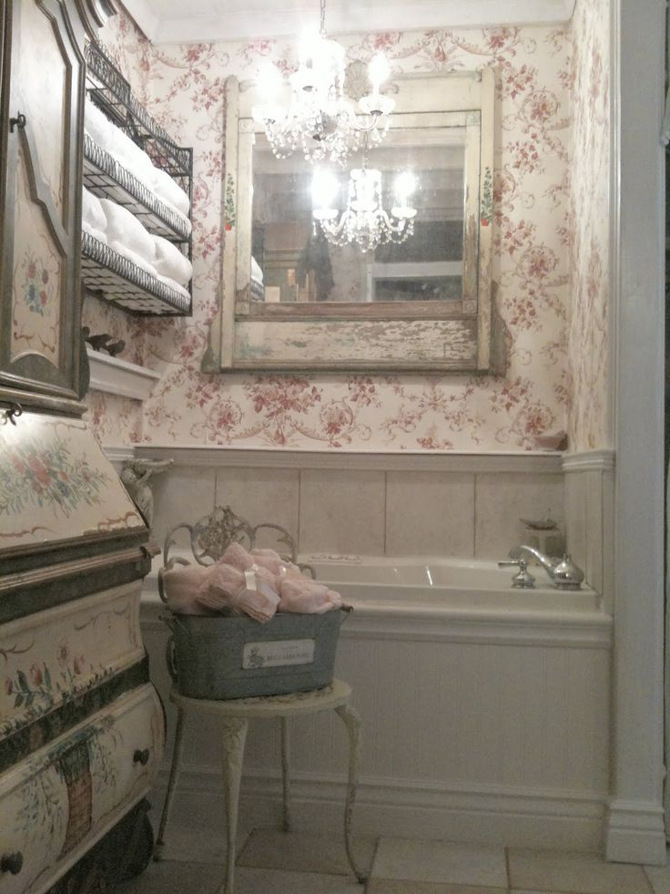 FRENCH COUNTRY COTTAGE VINTAGE BATHROOM  AD DECORATION  Pinterest  See best ideas about