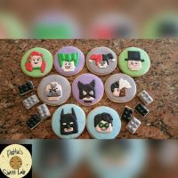 1000+ ideas about Batman Cookies on Pinterest | Batman ...