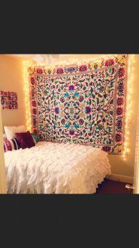 hang tapestry in dorm room | Home decor. | Pinterest ...