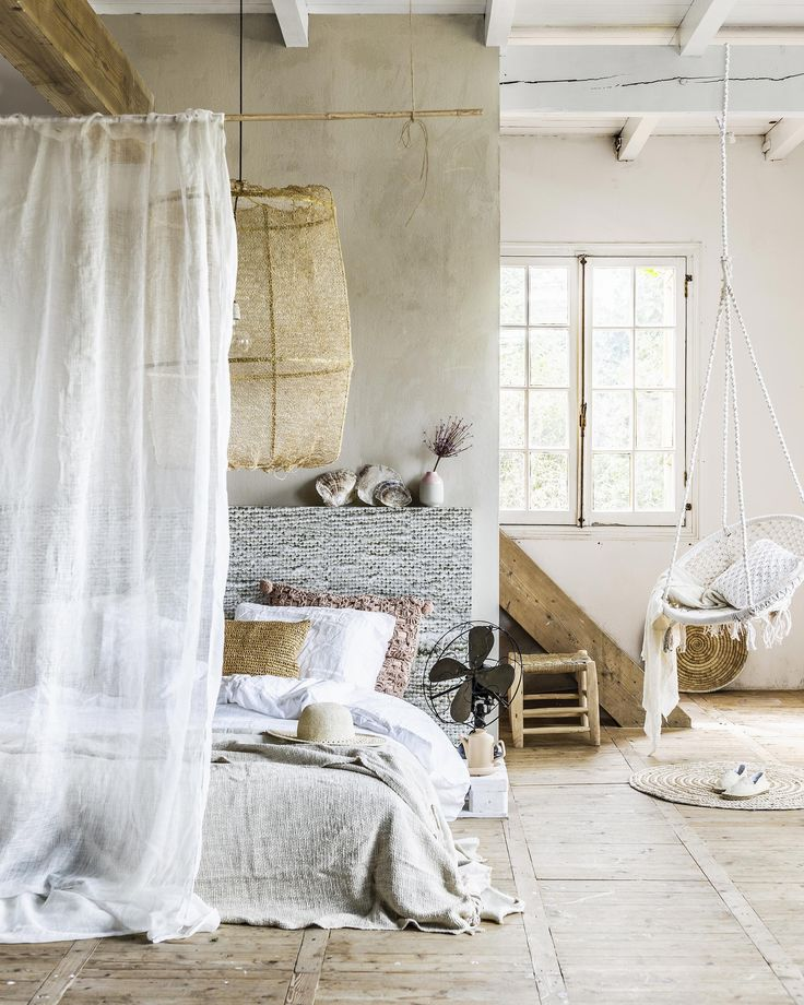 Bedroom in Ibiza style with sand and lime shades and