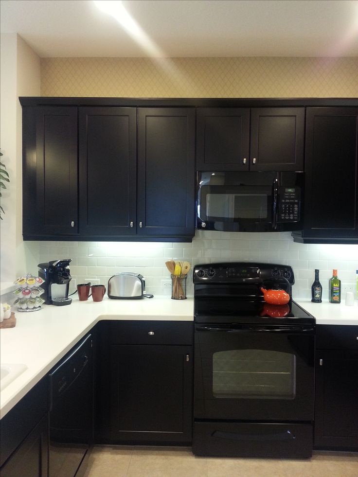 Model Kitchen I Chose The Same Cabinets In Expresso With White Corion Countertops Same