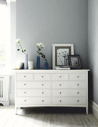 Hastings Ivory 10 Drawer Chest