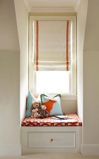 25+ best ideas about Window seats with storage on ...