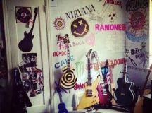 15 Must-see Rock Bedroom Pins | Punk rock bedroom, Punk ...